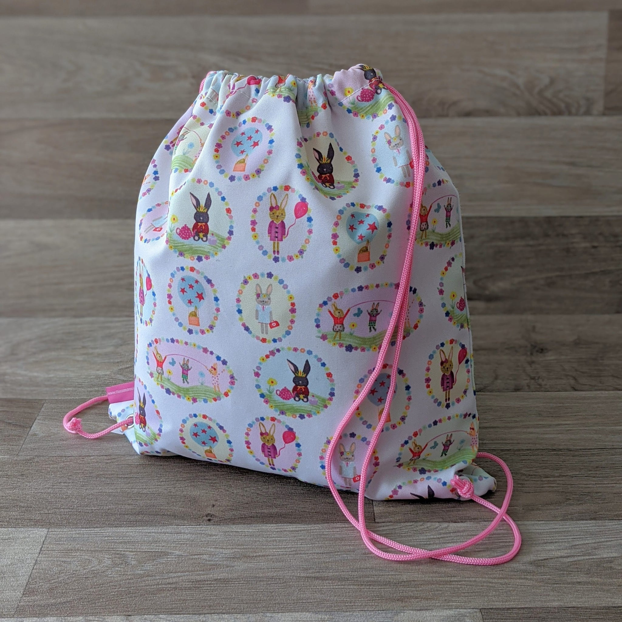 BUNNIES KIT BAG