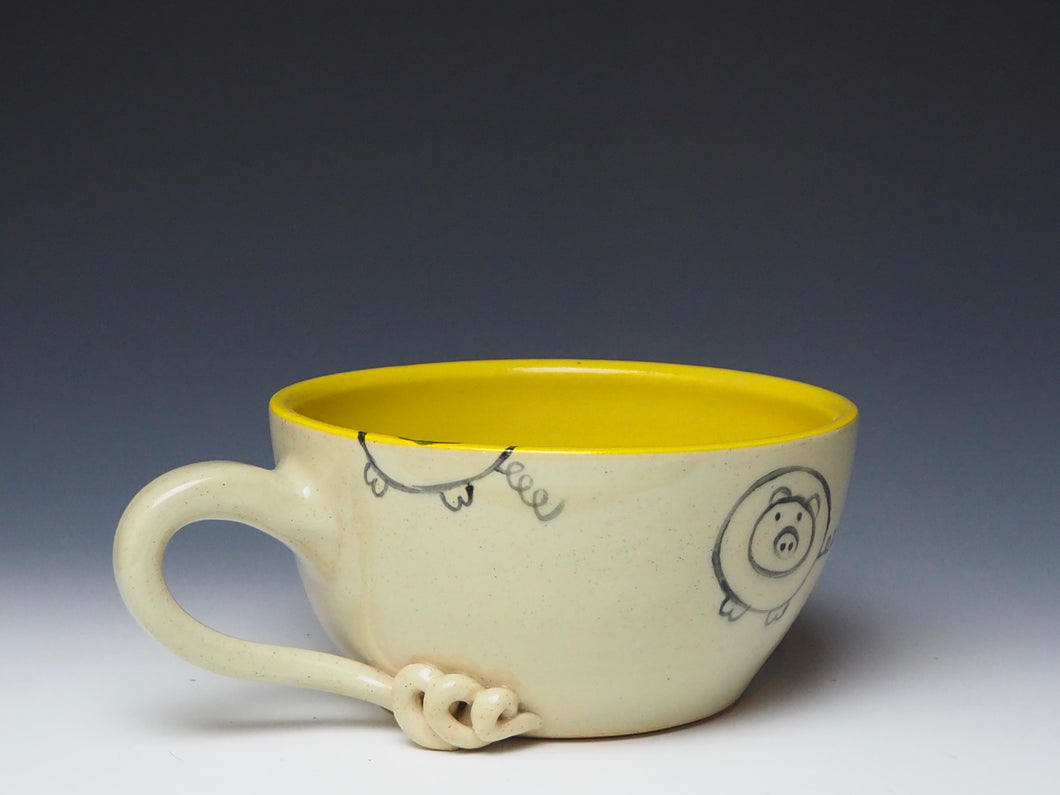 PIGGERY- Soup mug in Yellow