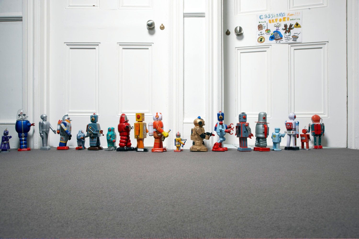Robot toys arranged in a sequence