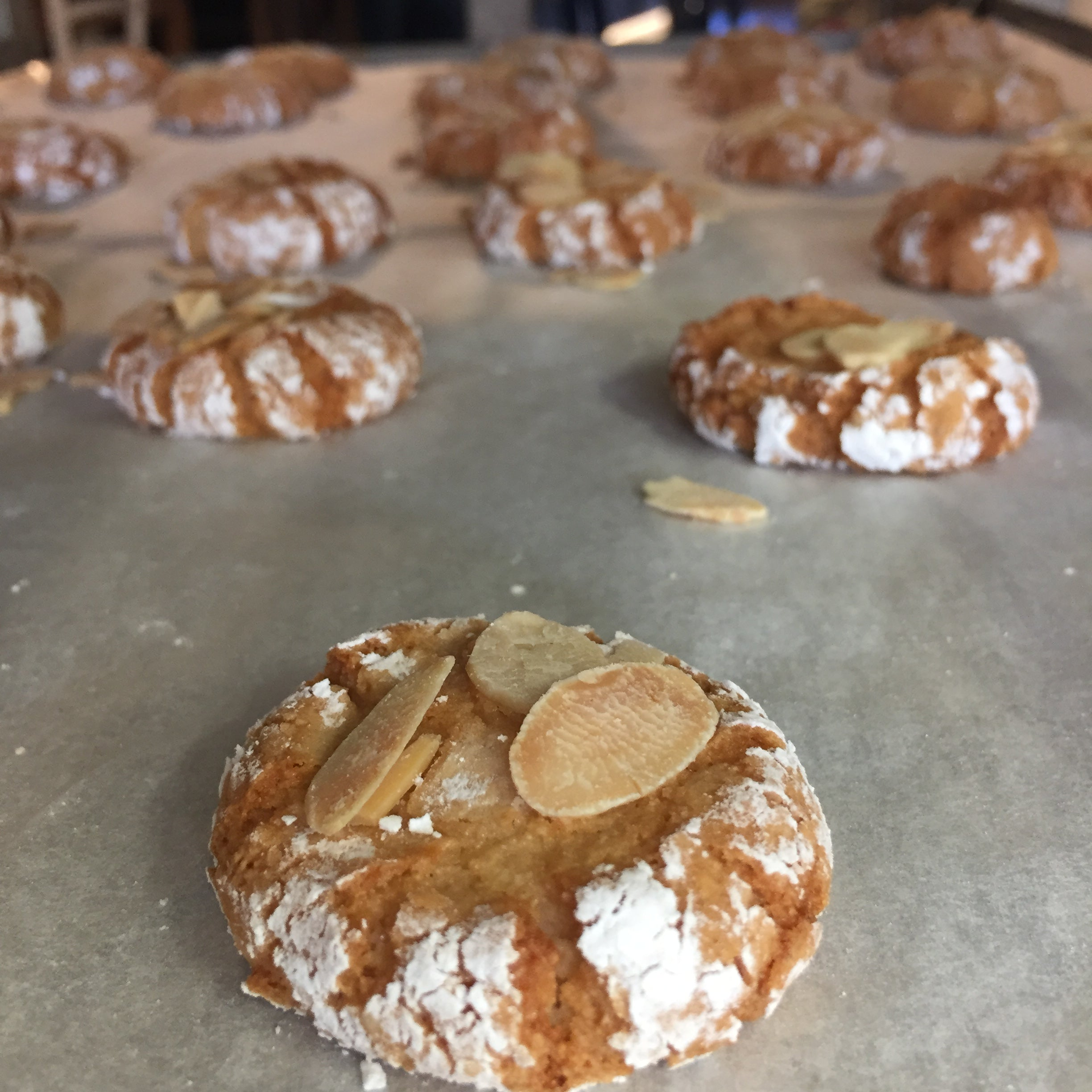 Almond biscuits