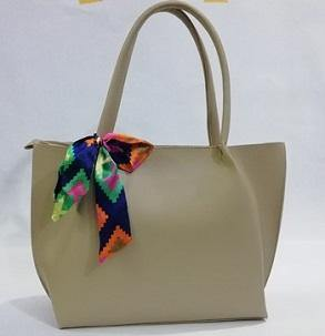 Skin Leather Bag with Bow