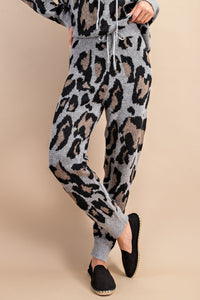 Warm Wishes Leopard Jogger - Gray