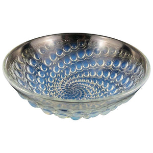 "René Lalique ""Volutes"" Pattern Opalescent Glass Bowl, circa 1934"