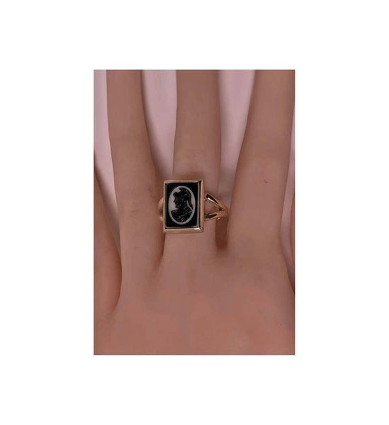 1900s Antique Hardstone Cameo Gold Ring