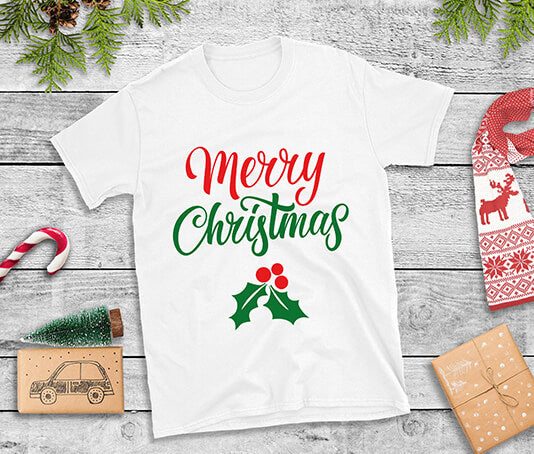 Merry Christmas t-shirt with holly