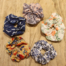 Load image into Gallery viewer, GLENDA Scrunchies