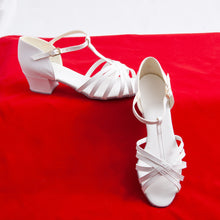 Load image into Gallery viewer, White Latin/Ballroom shoe
