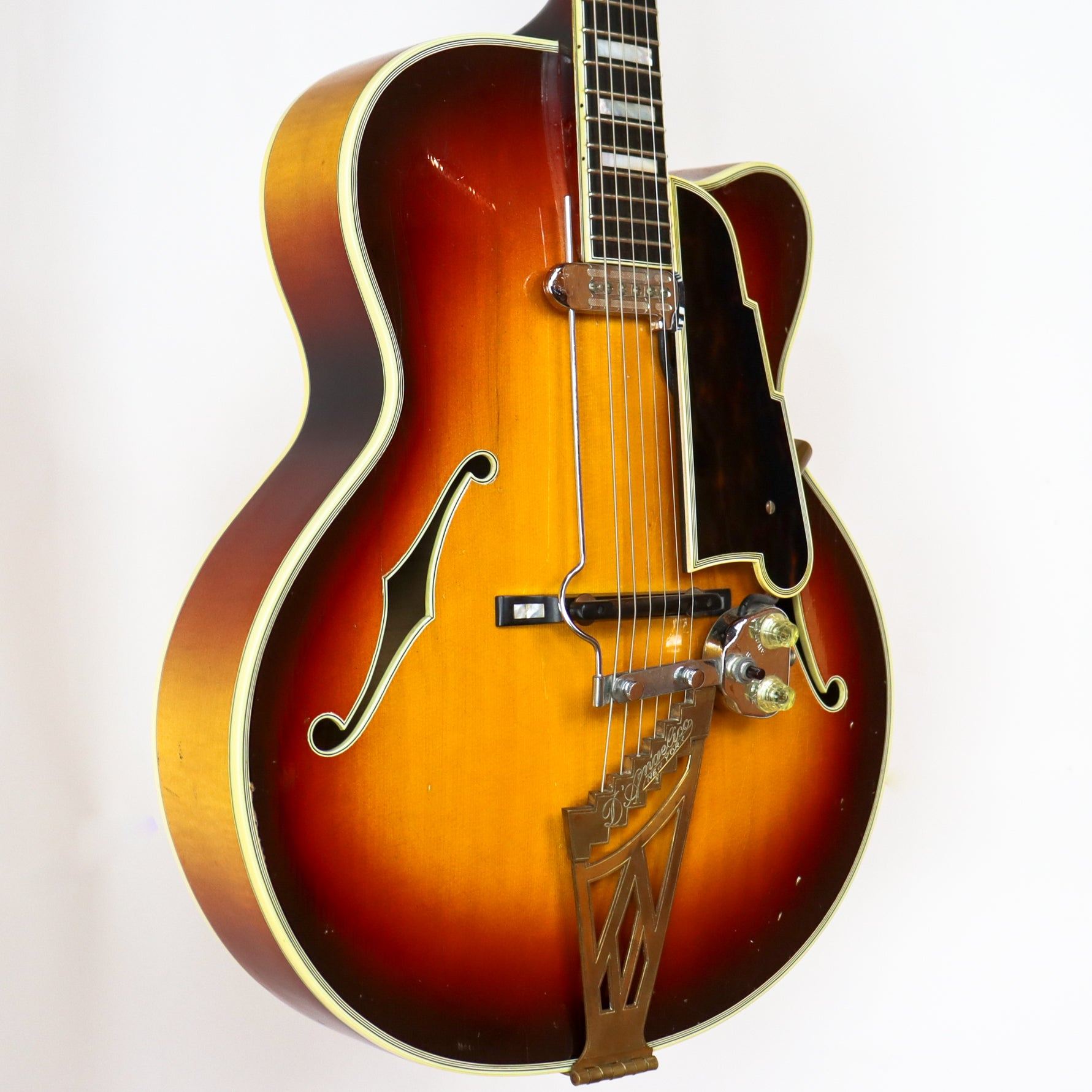 D'Angelico 1960 New Yorker Special SN# 2119 with Hardshell Case