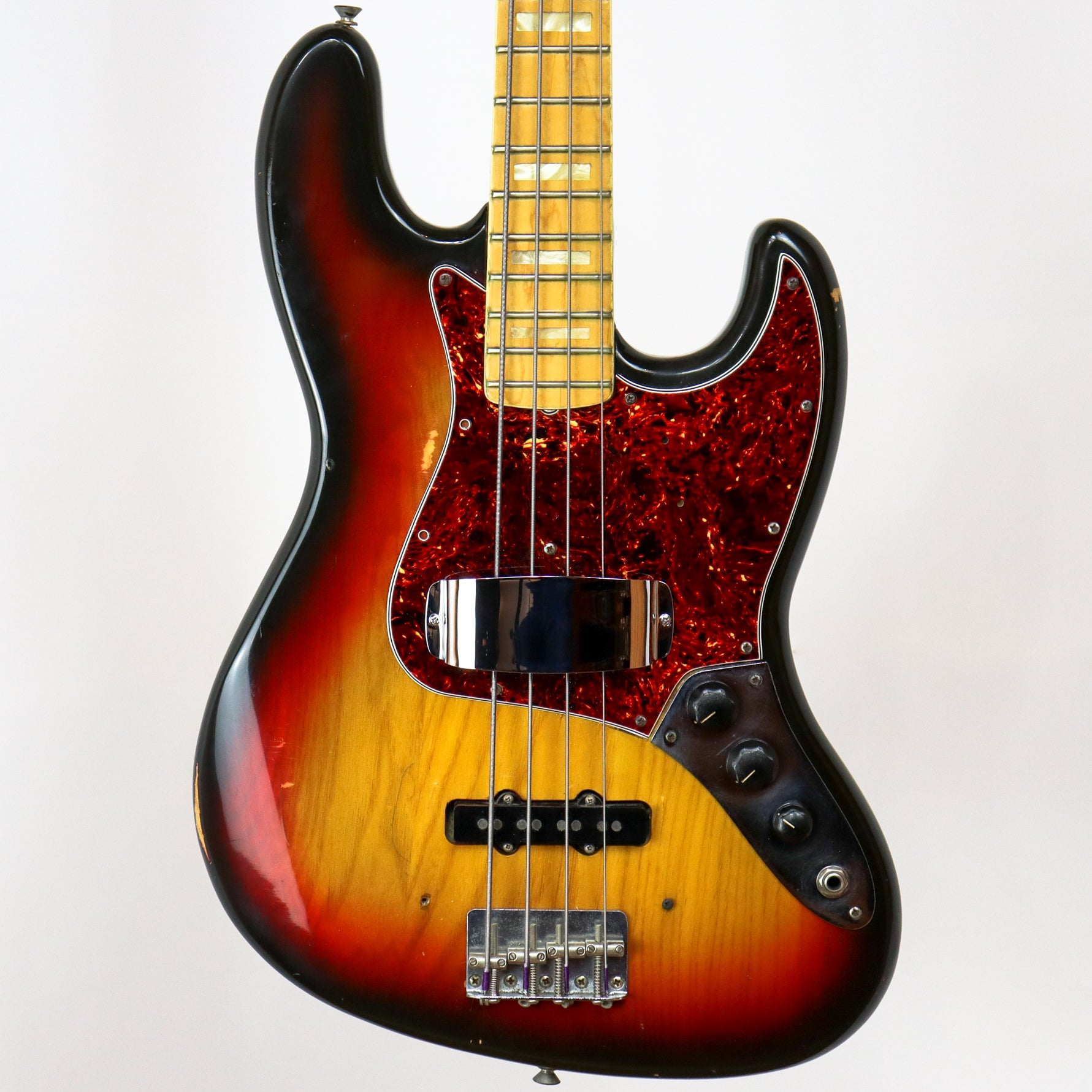 Fender 1974 Jazz Bass in Sunburst
