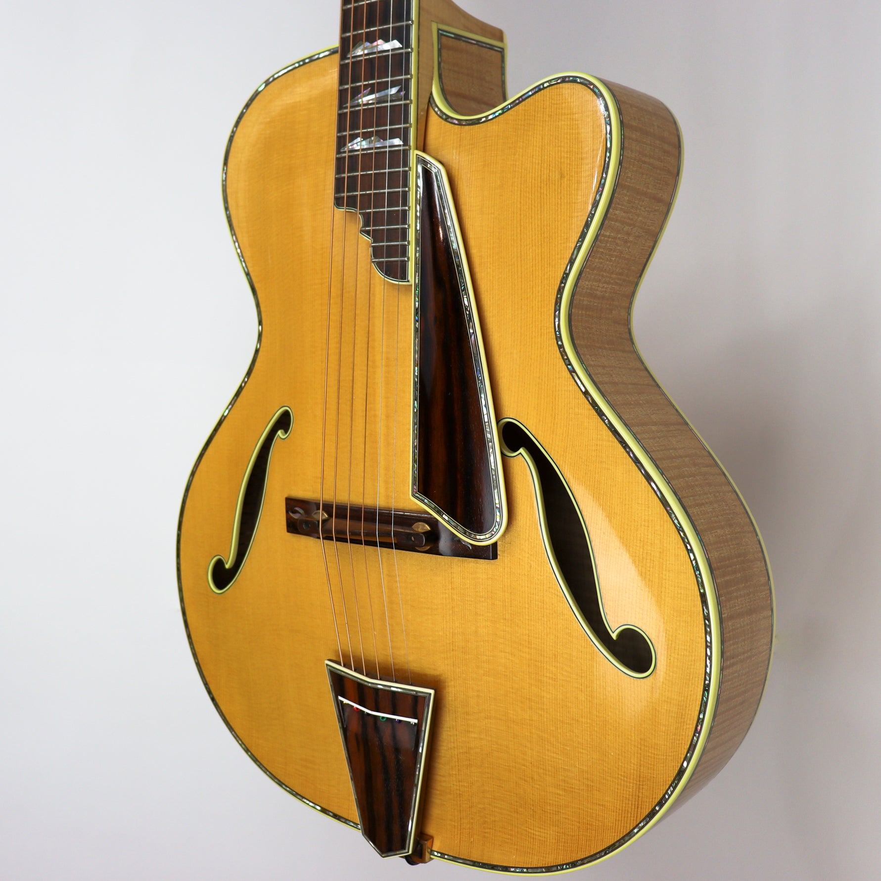 Monteleone 1992 Archtop Guitar #136 With Hardshell Case