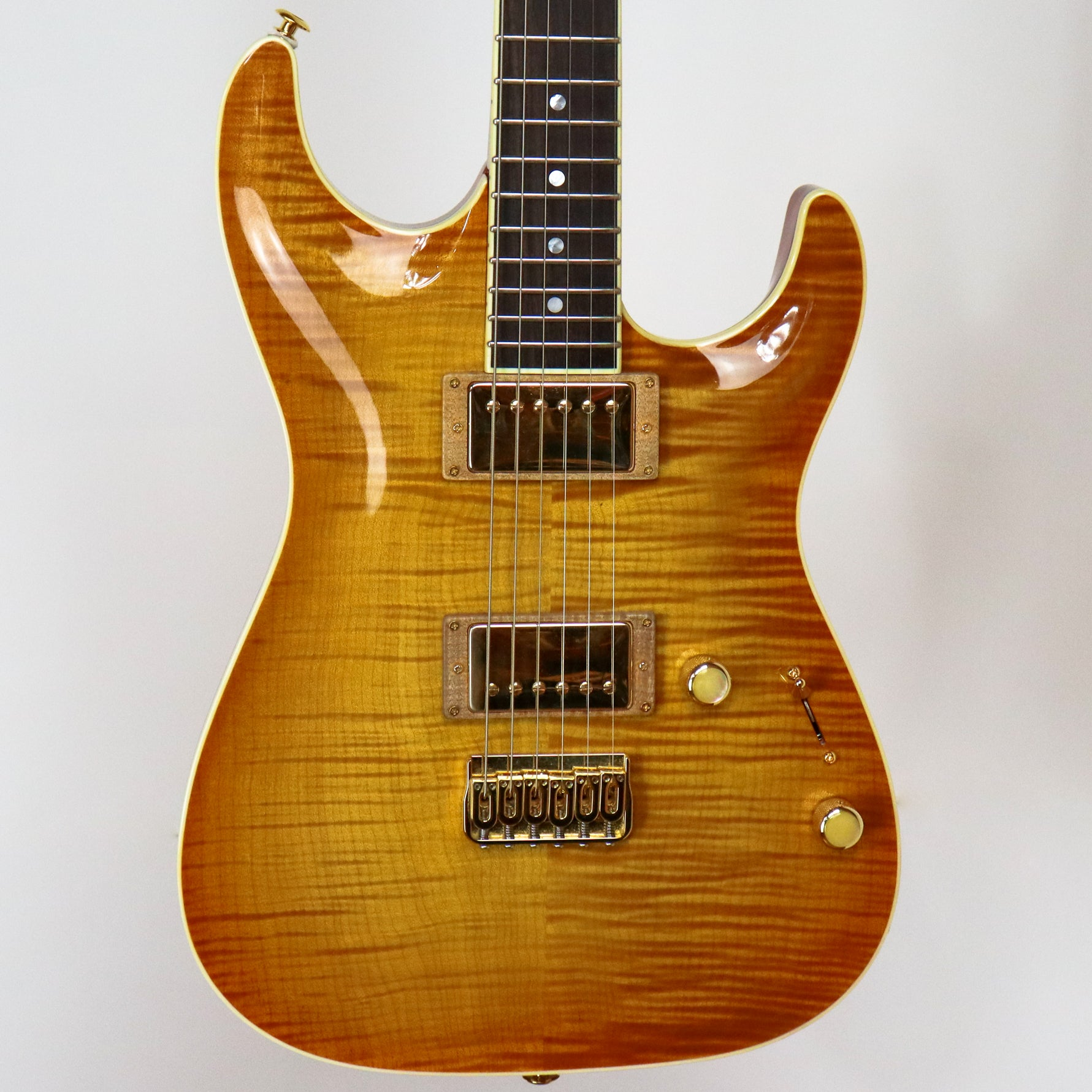 Pensa 2012 MK 1 Plus in Honey Burst