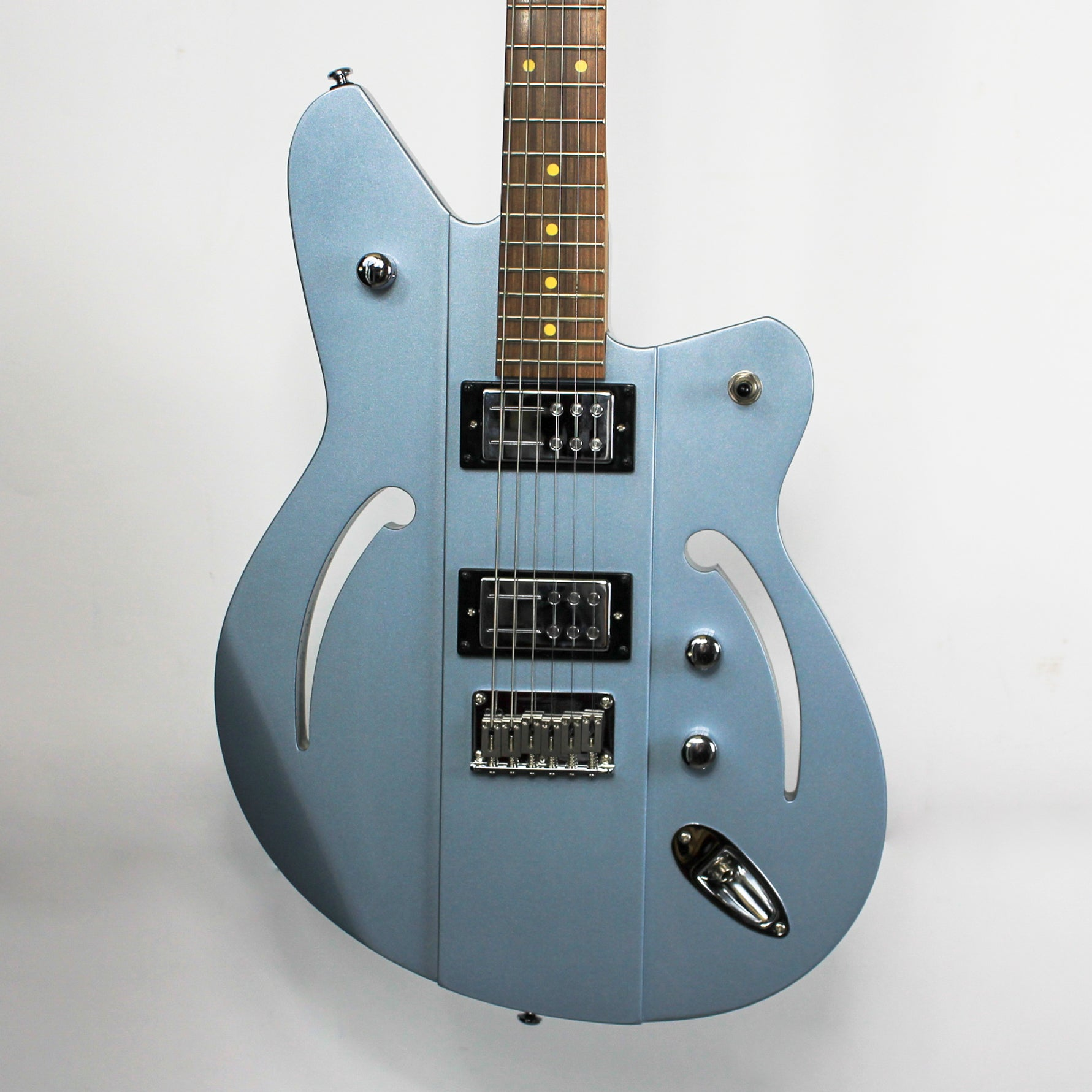 Reverend Airsonic RA in Metallic Silver Freeze