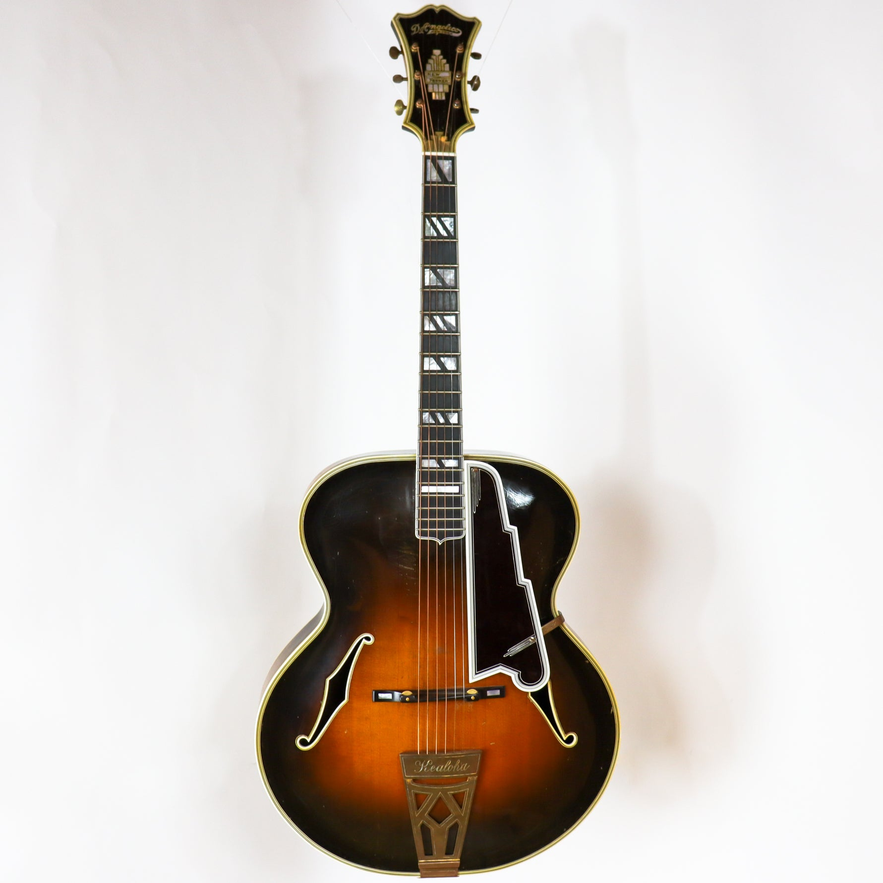 D'Angelico 1938 New Yorker SN# 1325 with Hardshell Case