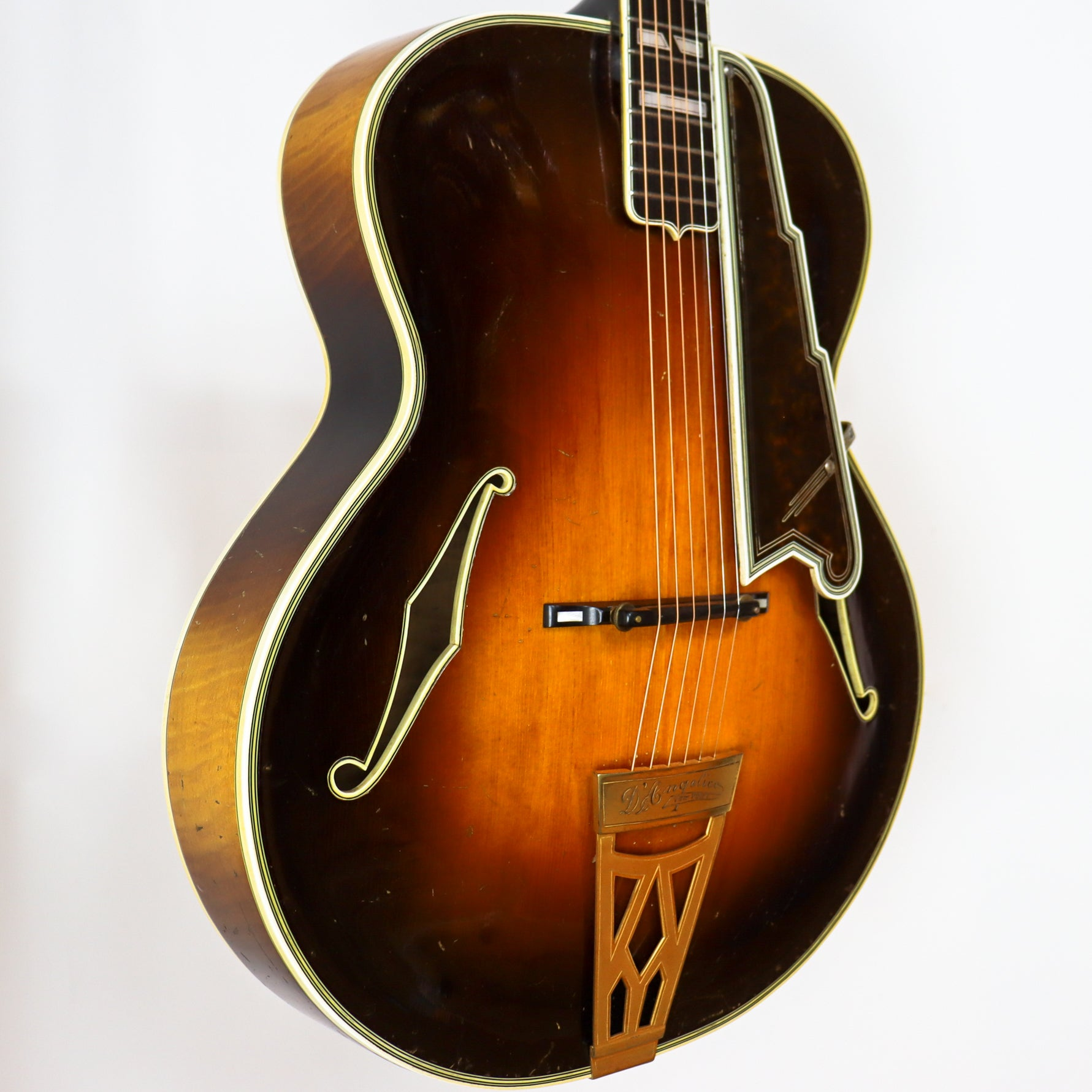 D'Angelico 1937 New Yorker SN# 1247 with Hardshell Case