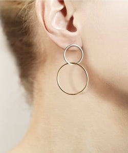 Magician Double Hoops
