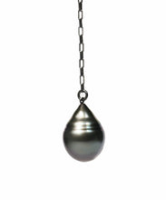 Load image into Gallery viewer, Tahitian Teardrop Pearl Slip-Knot Necklace