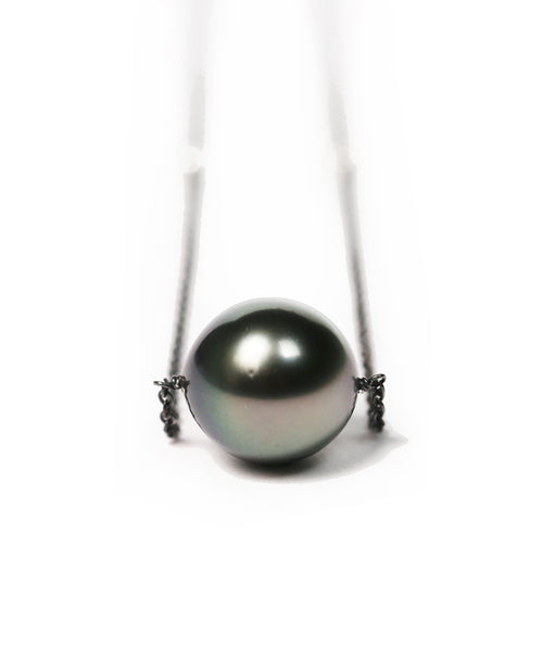 Tahitian Black Pearl Necklace with Silver Balls