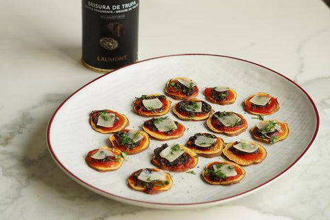 Sweet potato Montaditos with truffle breakings and cheese