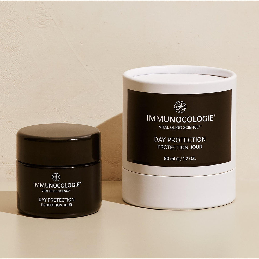 Immunocologie Day Protection is a deeply nourishing moisturizer that hydrates the skin while simultaneously reducing the appearance of fine lines and wrinkles