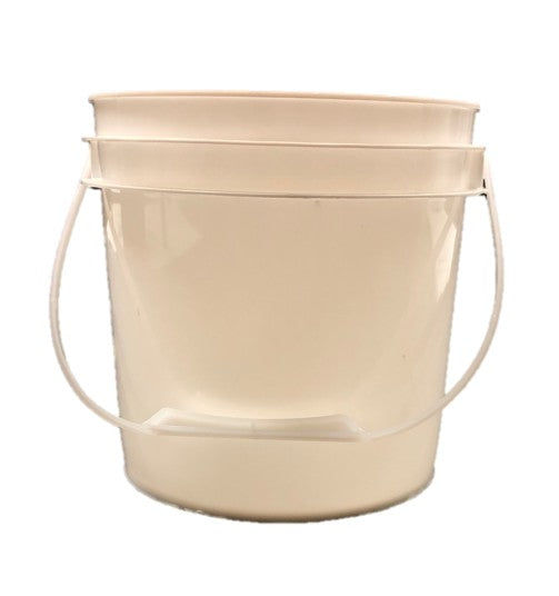 1 Gallon Plastic Bucket
