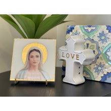 Load image into Gallery viewer, Angelic Mary & Stand
