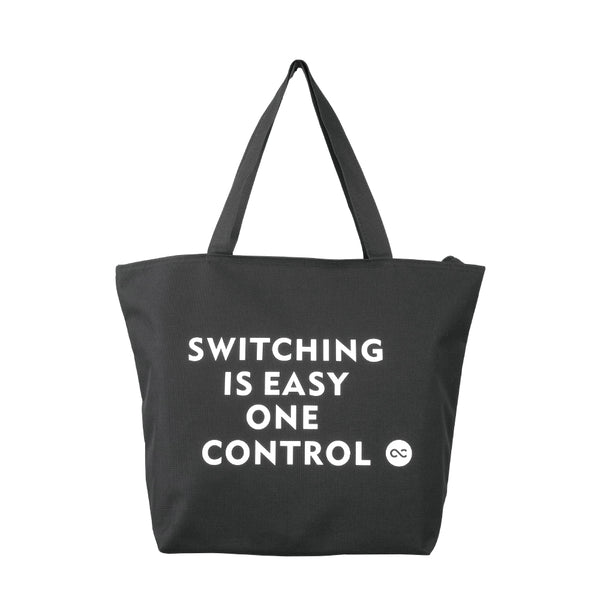 One Control ファスナー付きトートバッグ ブラック Switching is Easy プリント