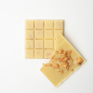 Keto chocolate - vegan white macadamia nuts bar