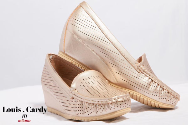 light gold topsider by louis cardy
