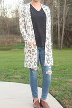 Load image into Gallery viewer, The Bailey | Tan Cheetah Cardigan