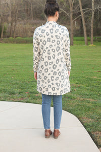 The Bailey | Tan Cheetah Cardigan