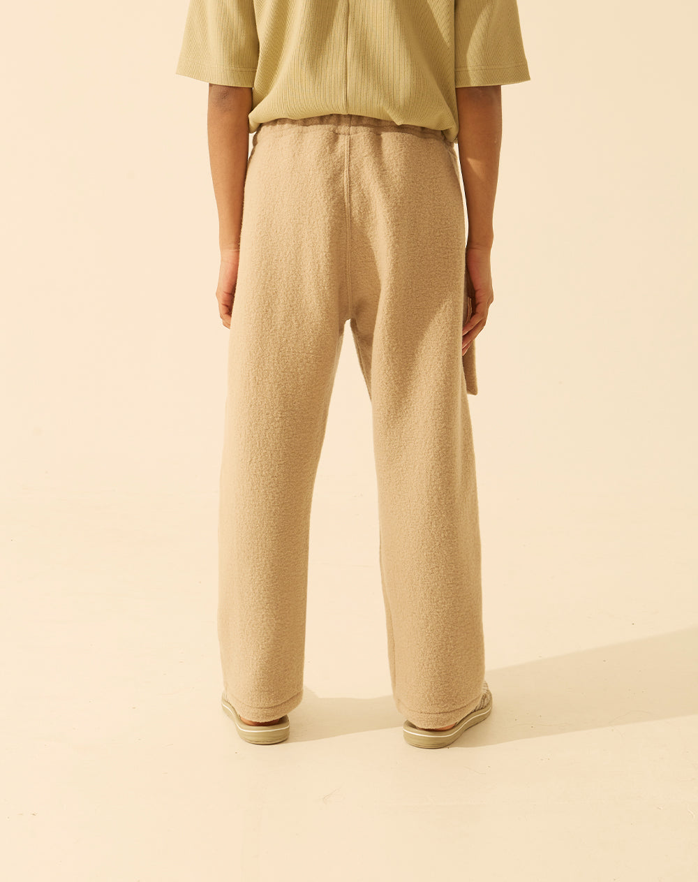 mare beige trousers