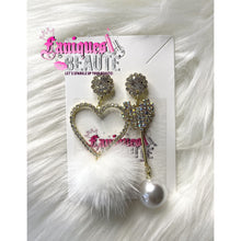 Load image into Gallery viewer, Hearts & Pearls - Fashion Earrings