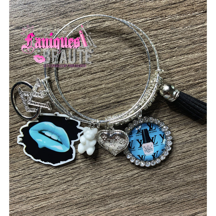Lip Double Drip ! ~ Adult Adjustable Bangle Set - Faniques Beaute Emporium