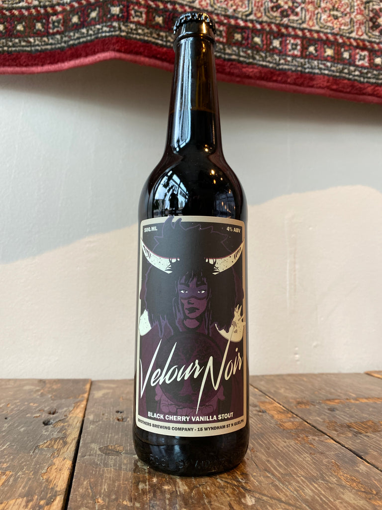 Velour-Noir-Black-Cherry-Vanilla-Stout-Bottle