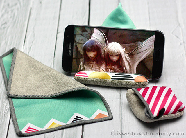 Featured Blog: Clean Your Screen with Toddy Gear Stocking Stuffers + Giveaway