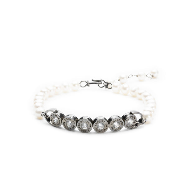 Solitaire Strand Pearl Choker