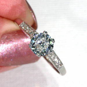 Art Deco Old European Cut Diamond Engagement Ring in Platinum