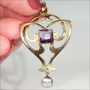 Antique Art Nouveau Amethyst and Mother of Pearl Pendant in 9k Gold