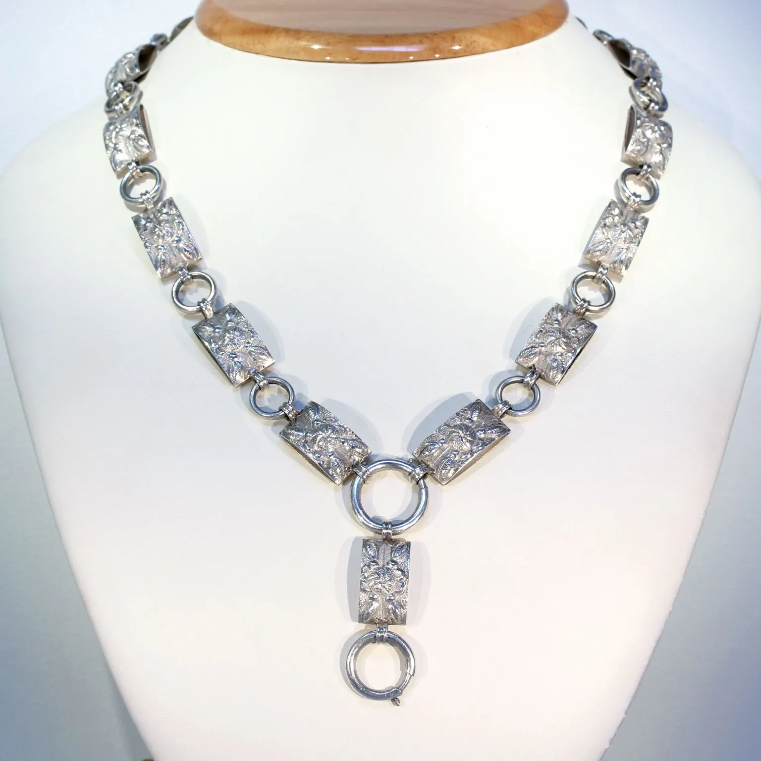 Victorian Repouss d Floral Collar Necklace in Sterling Silver