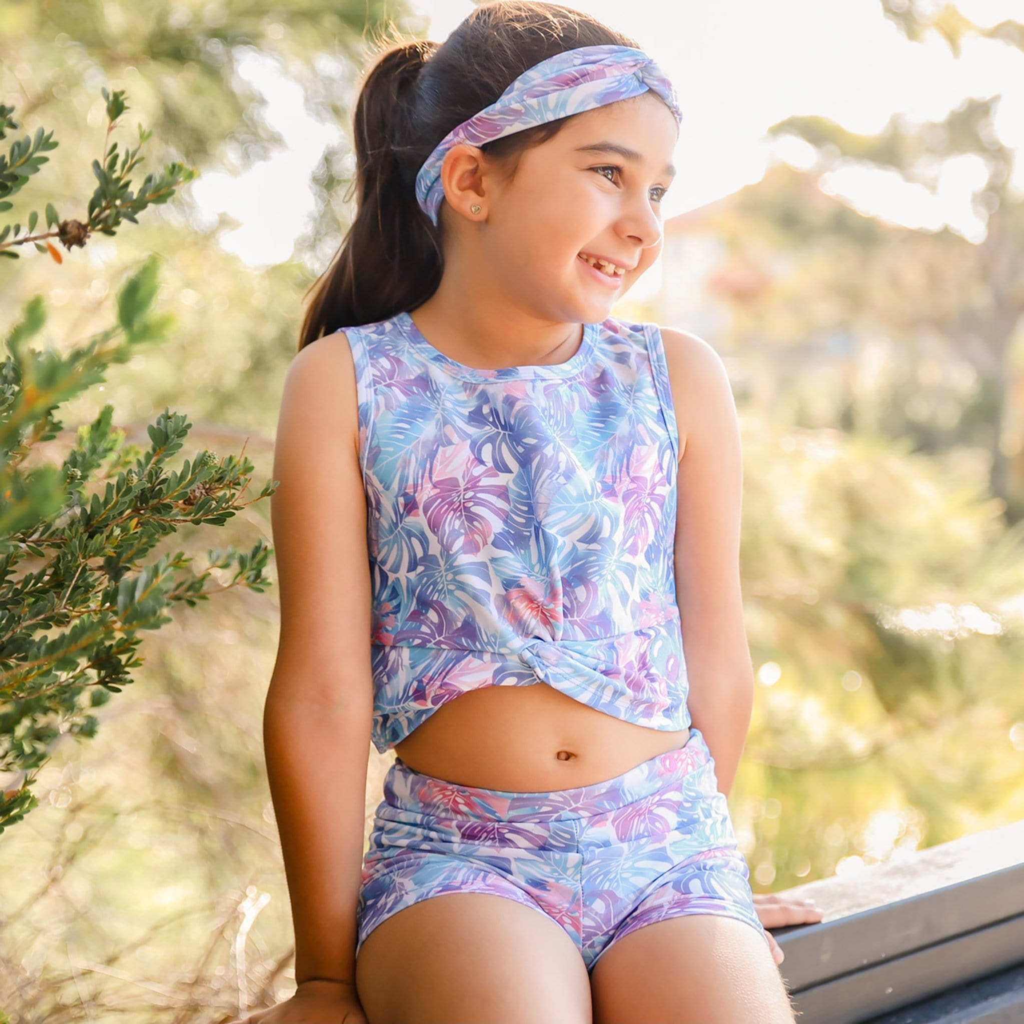 Girls Activewear Front Twist Tank Pastel Leaves