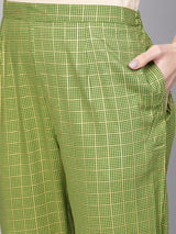 Green Rayon Printed Straight Kurta With Green Rayon Checkered Trouser With Both Side Pocket