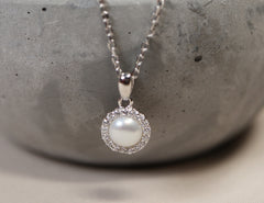 pear necklace in silver