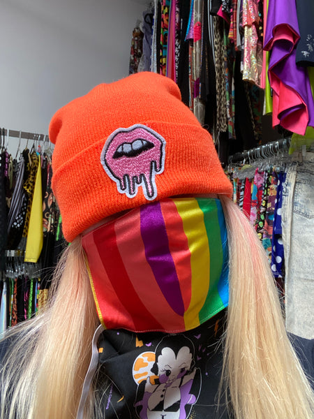 orange lips beanie