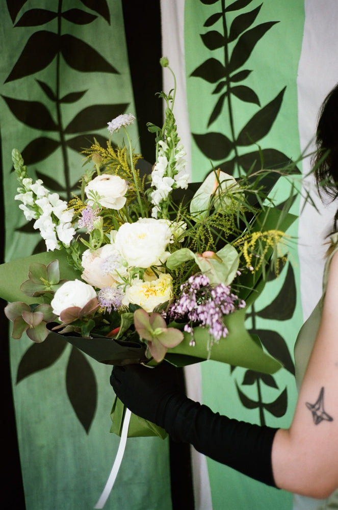 Sculptural Bunch | Soulful Flowers