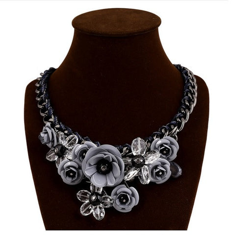 BEADY FLORAL CHOKER NECKLACE - GRAY