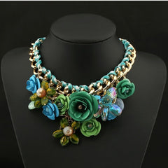 BEADY FLORAL CHOKER NECKLACE - GREEN
