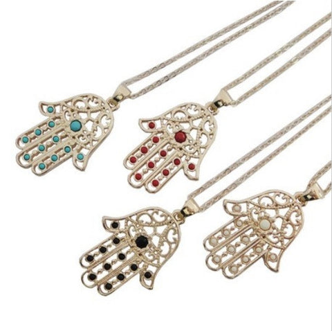 BEADY LUCKY HAMSA NECKLACE - GOLD w/ BLACK CHARM
