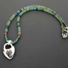 Charger l'image dans la galerie, Green Czech beads with silver Celtic pendant