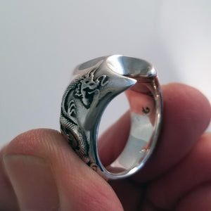 Chinese dragon mans ring