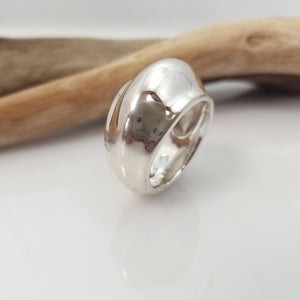 Croissant .925 silver dome ring